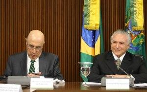 Meirelles e Temer fazem anúncio das primeiras medidas econômicas para deter déficit fiscal