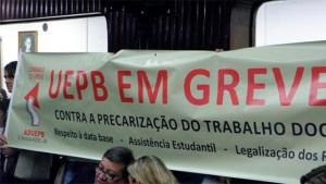 UEPB-greve-abr2017