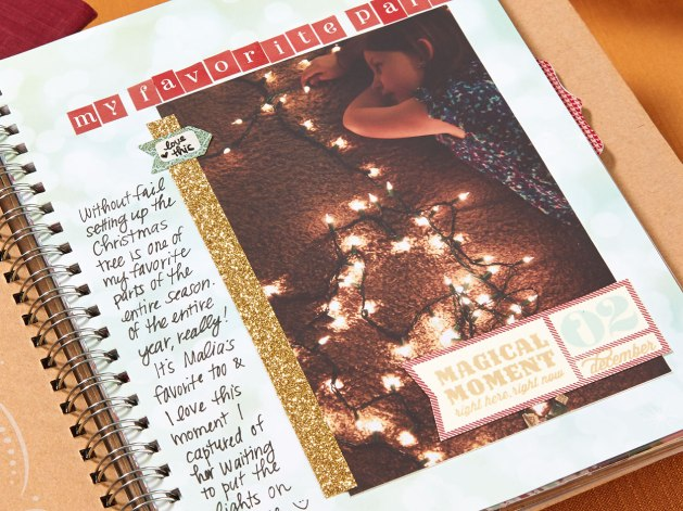 The My Acrylix® Magical Moment stamp set is the perfect match for this book! Use it to document each day in December—or just the special ones.