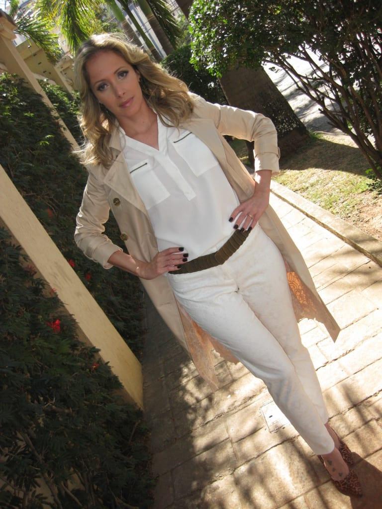trench coat blog da ana all white