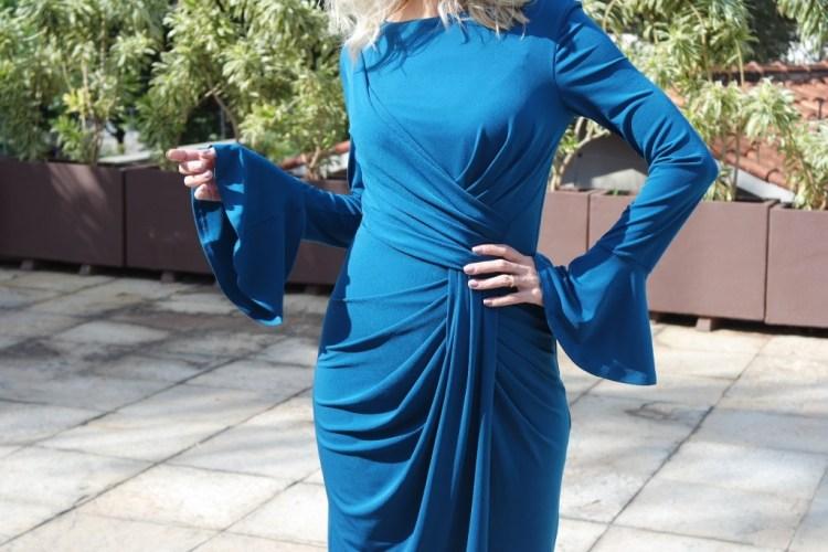 vestido midi azul drapeado frente alphorria blog da ana