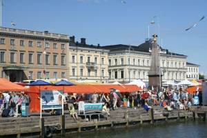 holidays-Helsinki-Finland-tourism-attractions-day-trip-travel-tips-guide-harbour-market