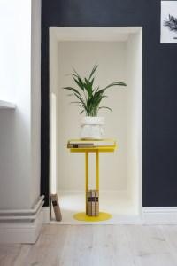 yellow-pedestal-apartment-nook-cococozy-bolig