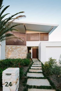 2-house-for-beachlovers-ext