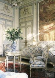 17022178_574959736034675_4576309137510818603_n the Ritz Paris.