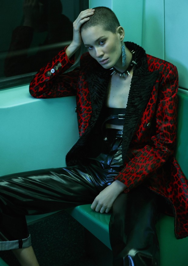 vogue-mid-nite-train_1