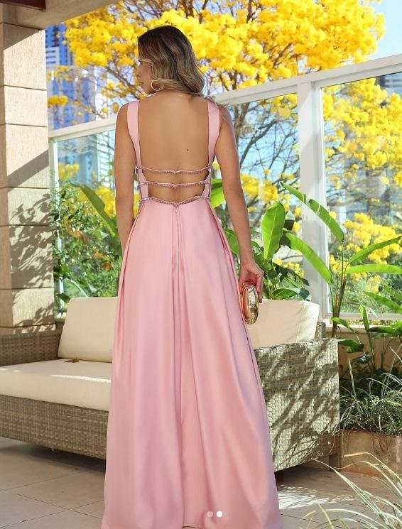 vestido-rosa-costas-nuas