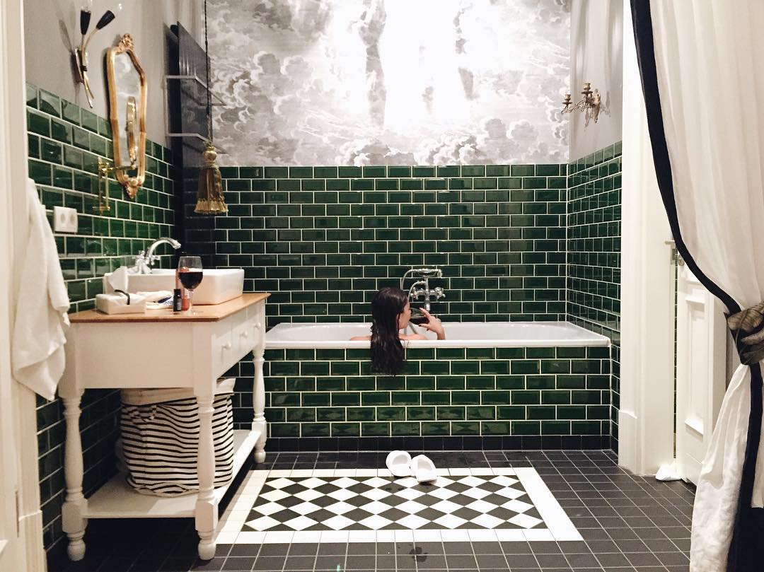 Banheiro Novo, Com Jeito Antigão