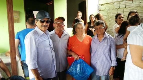 José Adécio na festa do ex-presidente da Câmara de Monte das Gameleiras