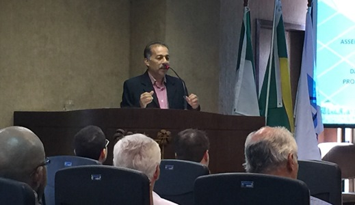 Prefeito Marquinhos expõe seu ponto de vista sobre o tema em debate