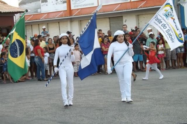 Desfile cívico estudantil em João Câmara