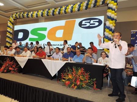 Deputado José Adécio discursa na convenção do PSD