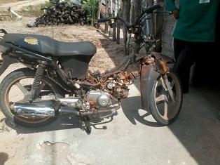 Moto recuperada pela polícia