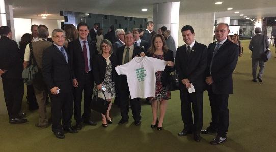 Diretoria com os deputados Rafael Motta e Walter Alves