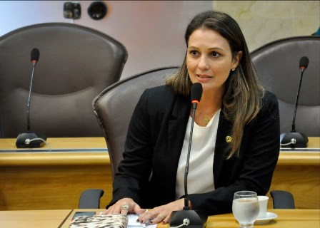 Deputada estadual Cristiane Dantas (PCdoB)