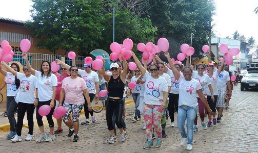 Caminhada em prol da saúde da mulher