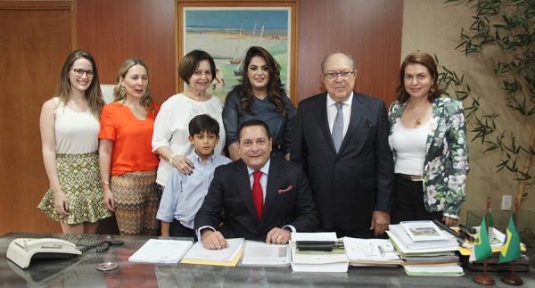 Governador em exercício Ezequiel Ferreira