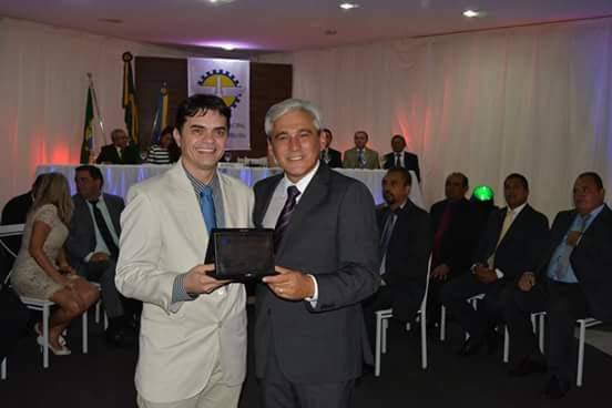 O empresário Bira Marques e o Presidente da Câmara e autor da proposição, vereador Ricardo Gurgel