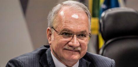 Fachin suspende todo o andamento do impeachment
