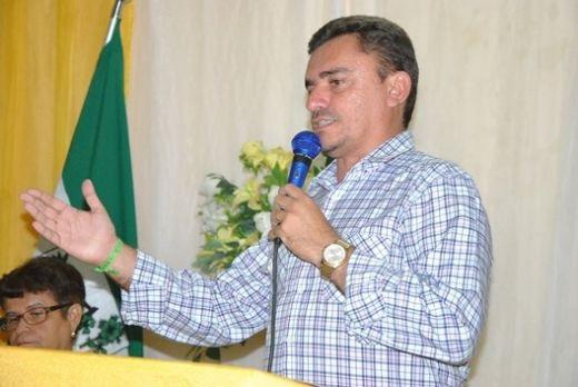 Prefeito Júnior Benevides