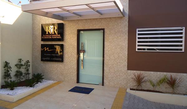 Escritórios de Contabilidade Robson Rafael e Arquitetura e Urbanismo Marina Freitas em novas instalações
