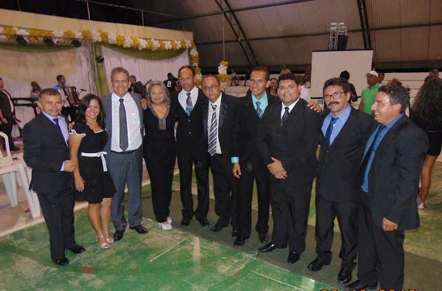 Deputado Estadual Hermano Morais prestigia posses da prefeita Suely, do vice-prefeito Bobo e dos vereadores (Foto: Euripedes Dias)