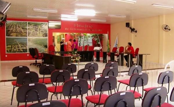 Em Poço Branco, vereadores só trabalharão 29 dias em 2017 (Foto: Reprodução/Inter TV Cabugi)