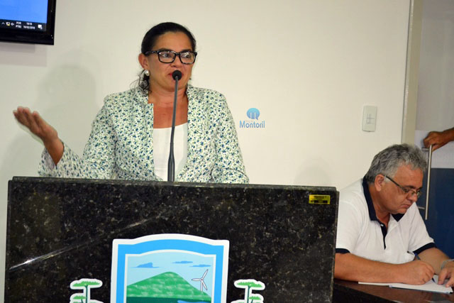 Resultado de imagem para João Câmara: Vereadora Kelly reivindica terraplanagem para estrada do corte e melhorias para escola do assentamento Maria da Paz