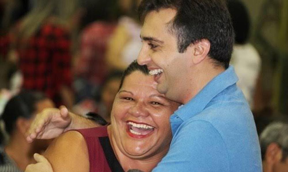 Prefeitura de Guamaré antecipa 50% do 13º salário dos servidores ...