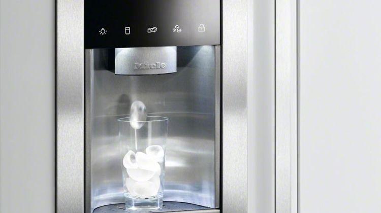 Frigidere cu dispenser pentru apă foarte bune