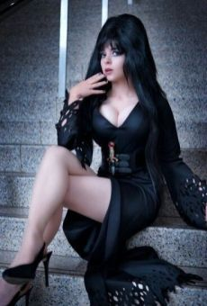 Elvira Cosplay 06