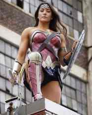 Cosplay Wonder Woman 03