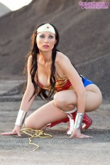 Cosplay Wonder Woman 17