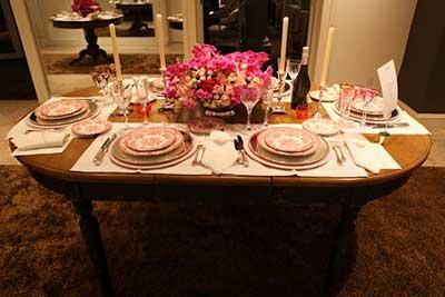 Decorao para Mesa de Jantar com Velas Romntica