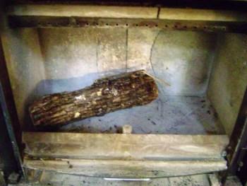 cum-fac-focul-in-soba-pe-lemne-1