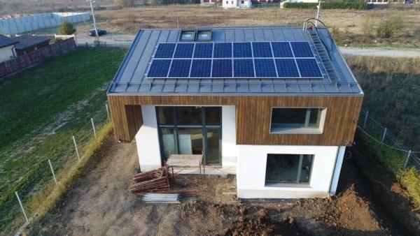 Casabuhnici panouri solare