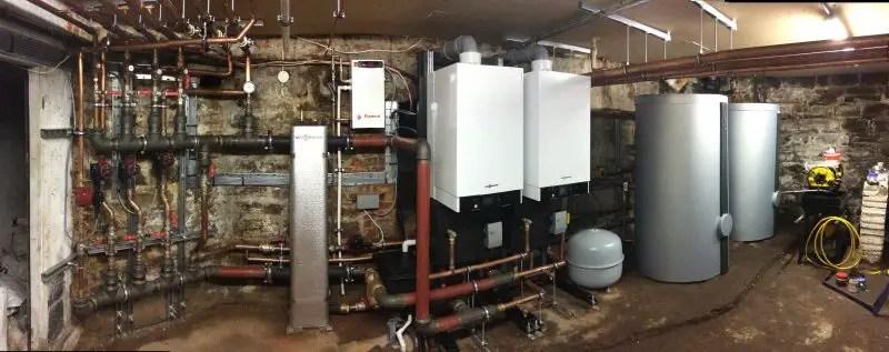 Nu curge apă caldă, însă încălzirea funcționează - probleme cu centrala viessmann
