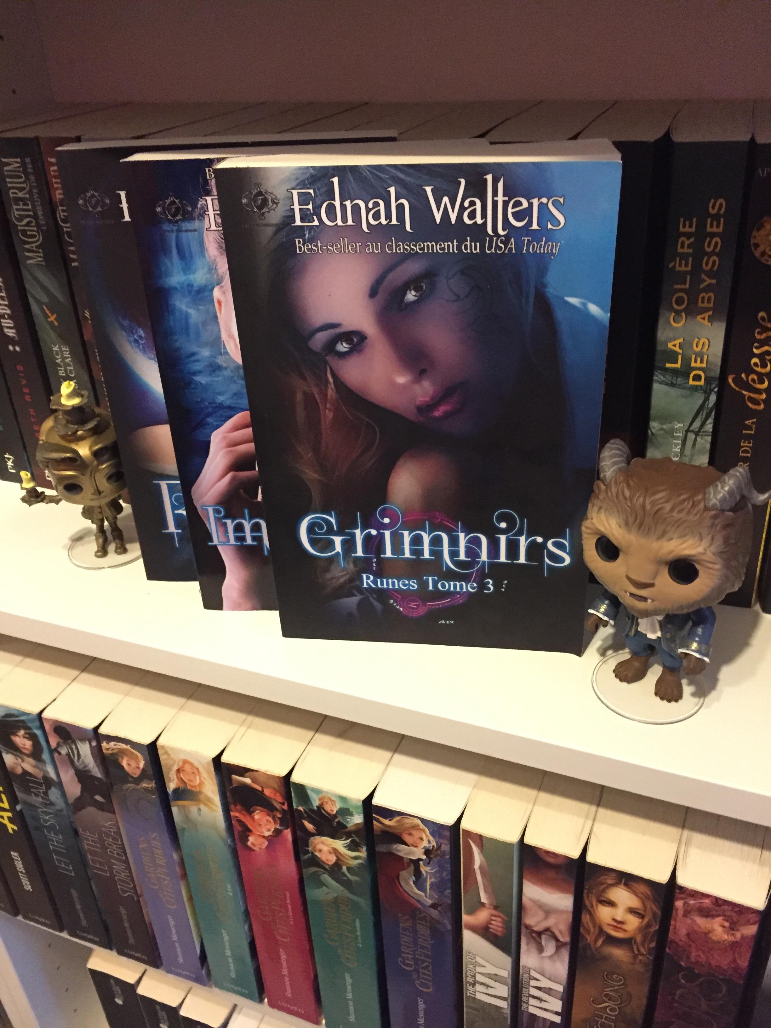 Runes Tome 3 Grimnirs D Ednah Walters La Couleur Des