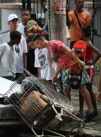 Asesinato en la favela Morro dos Macacos