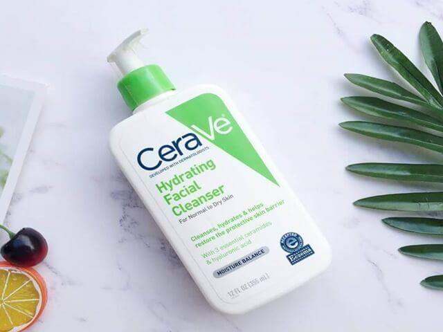 Sữa rửa mặt cerave cho da khô dịu nhẹ, không làm da bị căng, rát