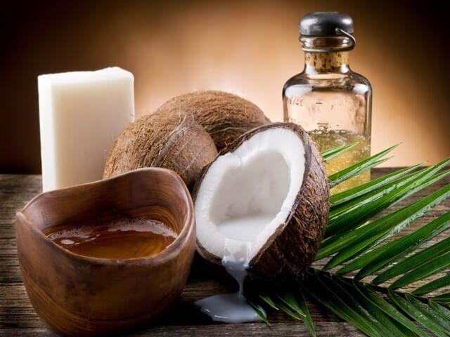 Hướng dẫn cách ủ tóc tại nhà bằng dầu dừa và mật ong