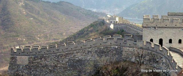 La Gran Muralla China, cerca de Pekín es la única construcción humana visible a simple vista desde el espacio