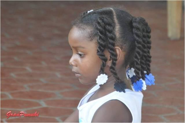 Niña panameña en Bocas del Toro. En Blog de Viajes, Bocas del Toro con niños