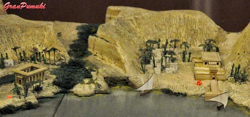 Maqueta de la ubicacion original del Templo de Deboddel conjunto de templos