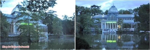 El Palacio de Cristal del Retiro de Madrid está situado frente a un lago. Dando la vuelta al lago se encuentra una pequeña cueva que en el centro ofrece vistas al lago.