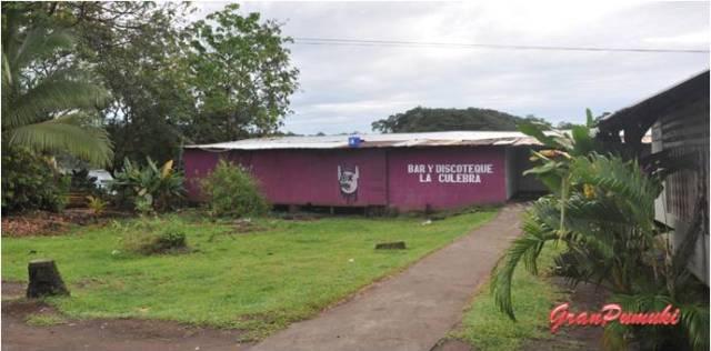 Discoteca en el pueblo de Tortuguero. En Blog de Viajes, Costa Rica