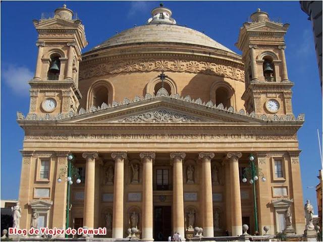 La iglesia de Santa María de la Asunción es conocida como la Rotunda de Mosta por su espectacular cúpula