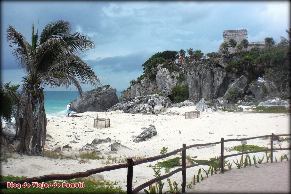 Playa junto a Tulum, ruinas imprescindibles que ver en Riviera Maya