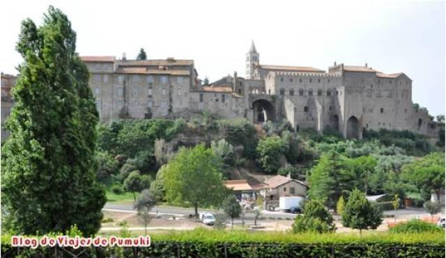 Viterbo, Viaja a una Ciudad Medieval con murallas en Italia.