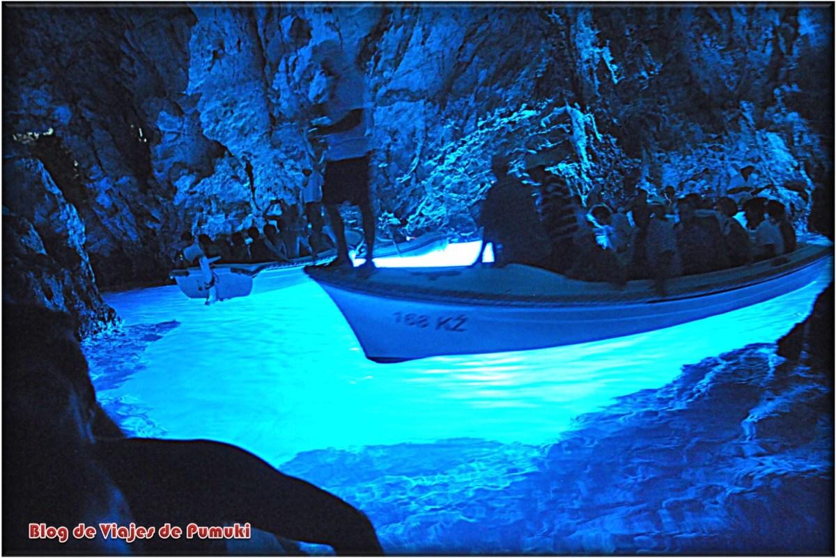 La Cueva Azul en Bisevo, Croacia